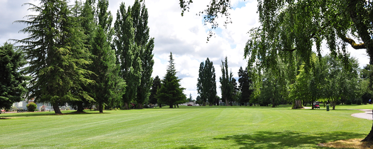 Woodburn Estates & Golf